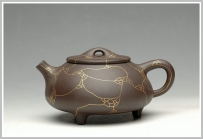 朱永忠紫砂壶 镶纯金 另类奢华 金纹石瓢 原矿黑泥 - 美壶网