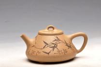 王余平紫砂壶 优质段泥 器形周正 舒服合手 全手刻竹子冶石瓢 原矿段泥 - 美壶网