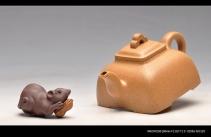 何卫枫紫砂壶 实力派何卫枫 辛卯年巨献新品 全手工孤菱 气度不凡 原矿段泥 - 美壶网
