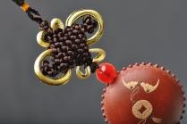美壶定制紫砂壶 美壶定制 原创泥绘精品紫砂车挂 把玩件 精致好玩 原矿朱泥 - 美壶网