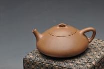 陈进紫砂壶 清逸之作 经典传统 全手东坡瓢 原矿段泥 - 美壶网