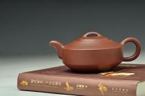 陈进紫砂壶 传统之作 协调秀美 全手汉君 原矿底槽清 - 美壶网
