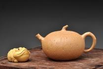 蔡岩峰紫砂壶 蔡岩峰代表作 古拙中透灵气 全手工橘瓜 肌理丰润 原矿段泥 - 美壶网