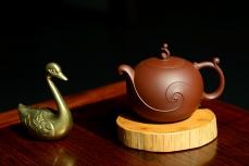 紫砂壶图片:于洪霞甲午年最新原创力作 全手作品'源' 韵味十足~ - 美壶网