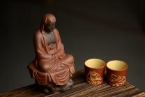 朱牧清紫砂壶 段泥做底粉朱泥浆 老味俱显  达摩杯与对茗杯  - 美壶网
