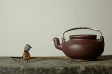 紫砂壶图片:器形稳重 全手蛋包 - 美壶网