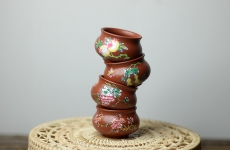 紫砂壶图片:大红灯笼高高挂 点彩一套灯笼杯  - 美壶网