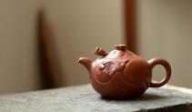 单志萍紫砂壶 器型饱满  精品扁鱼化龙  做工精细 原矿清水泥 - 美壶网