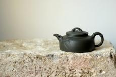 紫砂壶图片:庄伟平新作  居不可无竹之清韵  - 美壶网