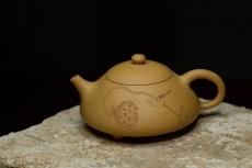 紫砂壶图片:柔中带刚  曲峰经典作品西施瓢  - 美壶网