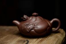 紫砂壶图片:云游天地 精品扁鱼化龙 做工精细 - 美壶网