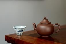 紫砂壶图片:淞庐作品 高雅简洁 线条流畅 全手笠帽  - 全手工紫砂壶网