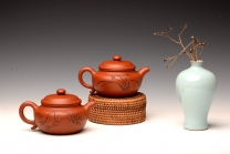 徐亚春紫砂壶 张听钢装饰 传统实用 全手朱泥仿古 优质朱泥 原矿朱泥 - 美壶网