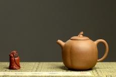 紫砂壶图片:姜建荣全手作品 古拙有趣 小巧可人 全手硕果  - 全手工紫砂壶网