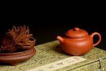 徐亚春紫砂壶 优质朱泥 娇艳迷人 全手仿古 传统实用 原矿朱泥 - 美壶网