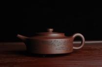 王新财紫砂壶 美壶特惠 曼生周盘 通景山水 做工超精致 茶人醉爱 原矿紫泥 - 美壶网