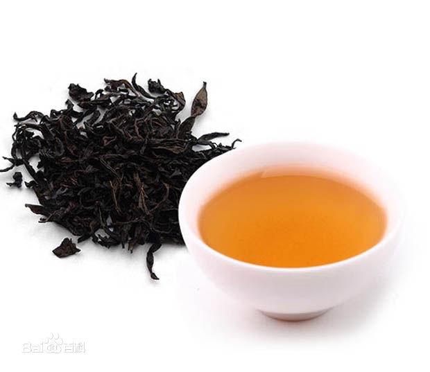 """字拆开即""""人在草木间"""".-一杯茶 一颗静心"""