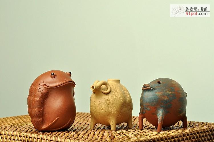 紫砂壶图片:小动物们集合啦~~