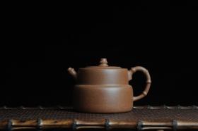 紫砂壶图片:美壶特惠 秀雅趣竹壶  - 美壶网
