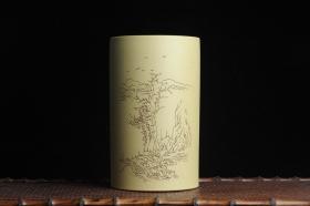 紫砂壶图片:美筒特惠 精品山水高帽笔筒二式 一曲新词酒一杯 老师不打草稿直接空刻 一气呵成  - 美壶网