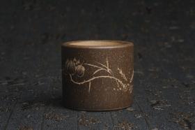 紫砂壶图片:美杯特惠 精品好泥好工好刻雅致厚实品茗杯 缸杯 鱼乐杯 - 美壶网
