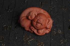 紫砂壶图片:美宠特惠 优质清水泥精致手工茶宠 一团和气招财猪 长7cm宽5cm高3.5cm - 美壶网