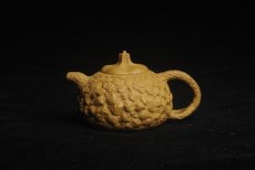 紫砂壶图片:美壶特惠 全手工黄段供春 肌理有老树瘿的感觉 灰常赞 - 美壶网
