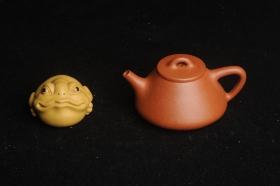 紫砂壶图片:美壶特惠 超精致特好降坡泥小品子冶石瓢 做工和泥料可以和千元作品pk - 美壶网