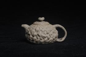 紫砂壶图片:美壶特惠 全手工老青段供春壶 肌理有老树瘿的感觉 灰常赞 - 美壶网