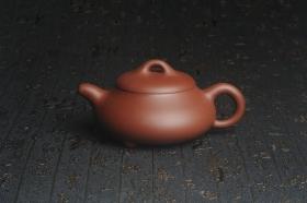 紫砂壶图片:美壶特惠 精致汉棠石瓢壶 茶人醉爱 - 美壶网