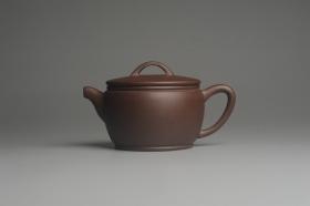 紫砂壶图片:美壶特惠 精致黑星老紫泥汉瓦 茶人醉爱 - 美壶网