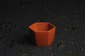 紫砂壶图片:特好降坡泥精致手工六方杯 茶人醉爱 性价比高 - 美壶网