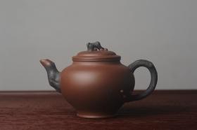 紫砂壶图片:美壶特惠 精致报春系列之松报春壶 - 美壶网