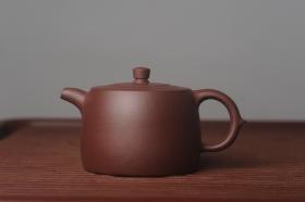 紫砂壶图片:美壶特惠 油润老紫泥精致井栏 茶人醉爱 - 美壶网