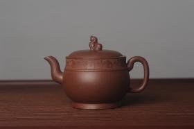 紫砂壶图片:美壶特惠 精致玉带瑞狮壶 - 美壶网