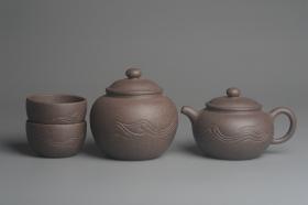 紫砂壶图片:美壶特惠 优质青灰段泥精致行云流水套组 一壶(180cc)二杯一醒茶罐(280cc) - 美壶网