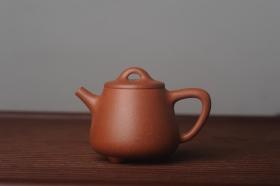 紫砂壶图片:美壶特惠  精工红降坡泥高石瓢 茶人醉爱 - 美壶网