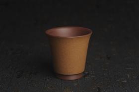 紫砂壶图片:美杯特惠 精品好泥好工厚实高桶主人杯 - 美壶网