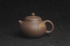 紫砂壶图片:美壶特惠 精致青灰段泥乳穗壶 茶人醉爱 - 美壶网