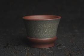 紫砂壶图片:美杯特惠 好泥好工厚实主人杯 茶人醉爱 - 美壶网
