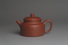 紫砂壶图片:美壶特惠 优质清水泥精致德中壶 矿物质丰富 茶人醉爱 - 美壶网