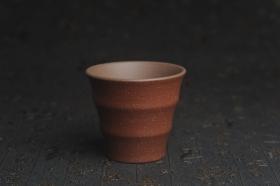 紫砂壶图片:美杯特惠 好泥好工厚实波浪主人杯 茶人醉爱 - 美壶网