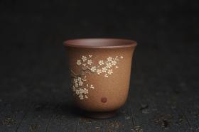 紫砂壶图片:美杯特惠 美杯特惠 精致梅花暗香主人杯 茶人醉爱 - 美壶网